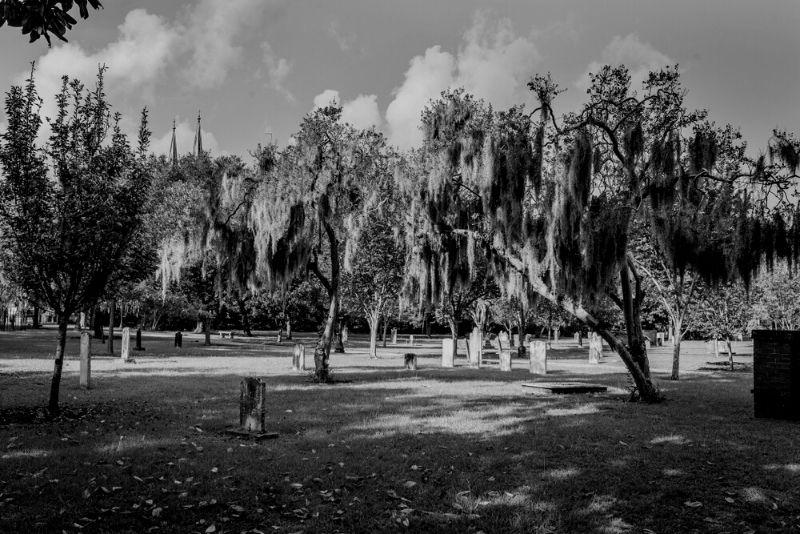Savannah dark history and ghost walking tour