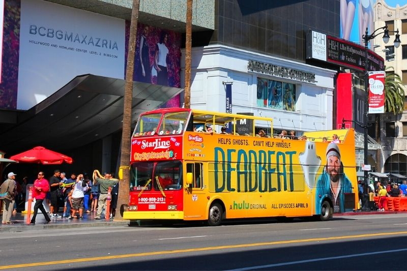 hop on hop off bus tour in Los Angeles