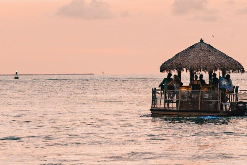 Tiki Boat bar in Tampa