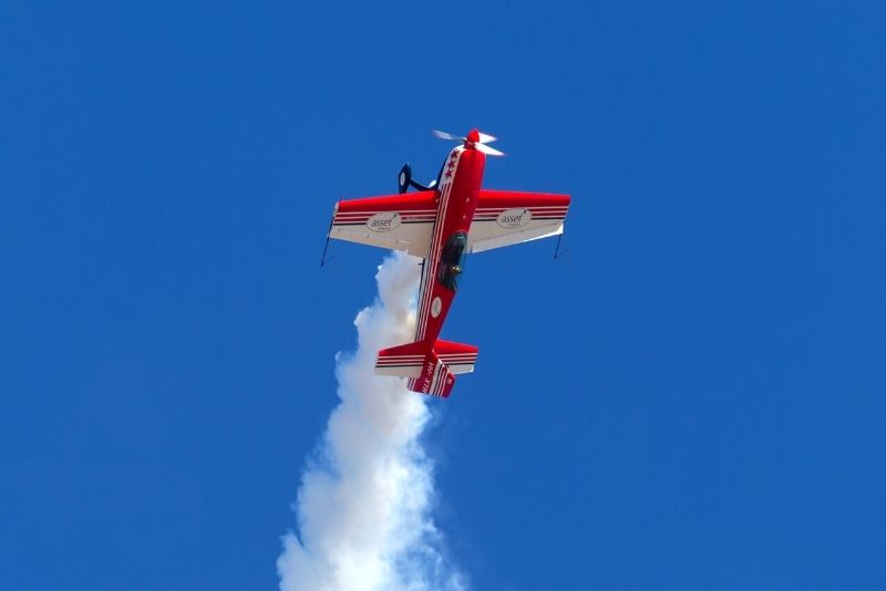 aerobatic flight experience in Airlie Beach