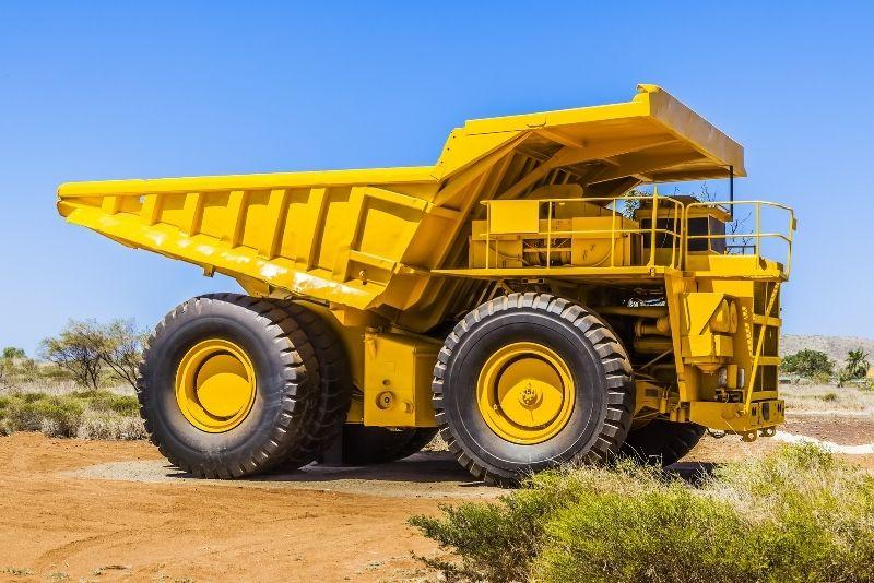 dump truck driving in Gold Coast
