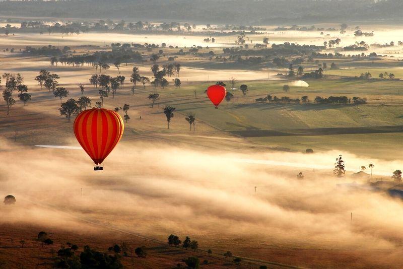 hot air balloon ride in Gold Coast