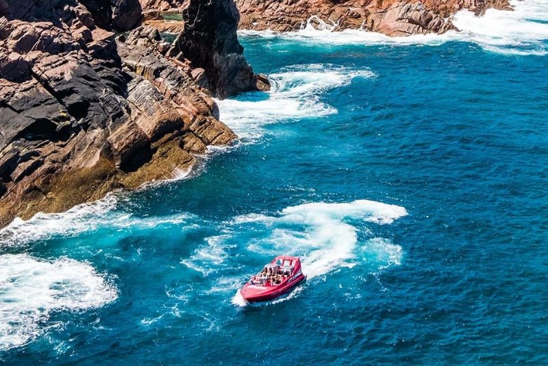 jet boat tour in Perth