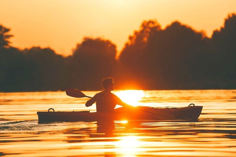 kayak tour in Gold Coast