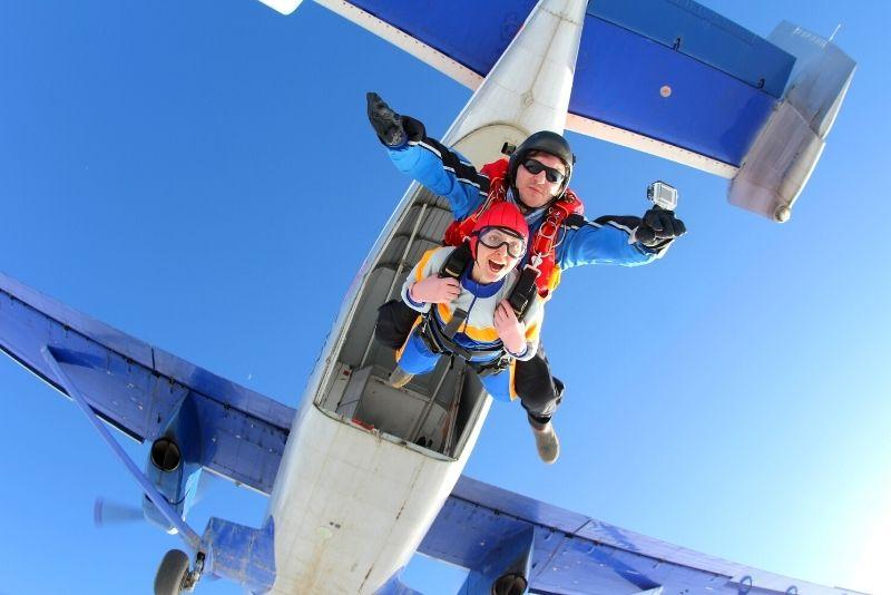 skydiving in Perth