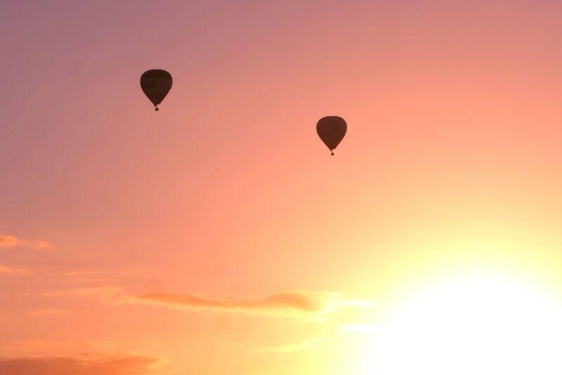 sunrise hot-air balloon ride in Brisbane