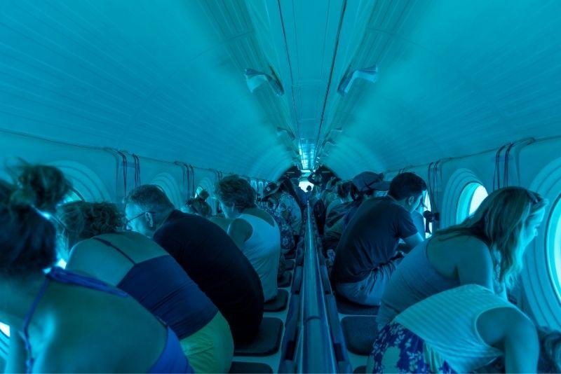 Atlantis submarine tour in Oahu