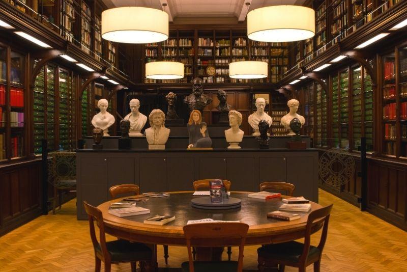 Scottish National Portrait Gallery, Edinburgh