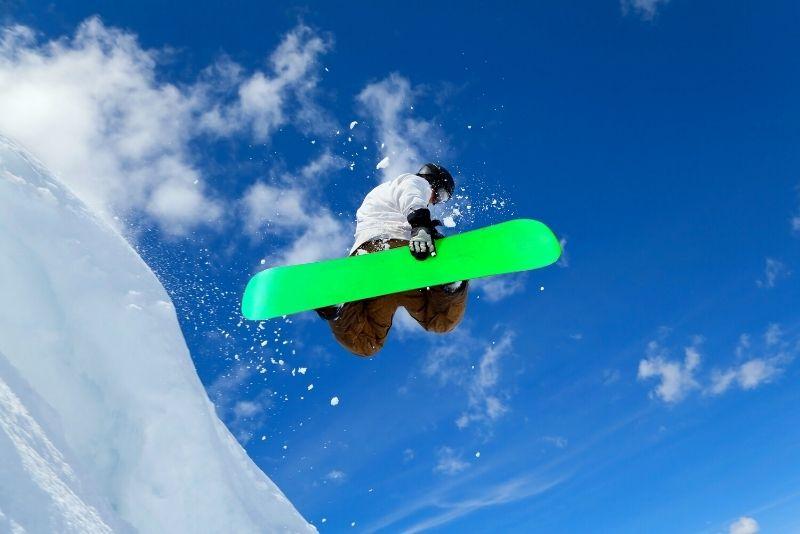 Snowboard at Sierra-at-Tahoe