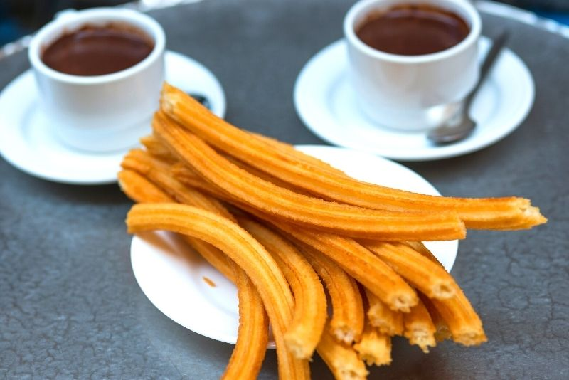 Schokoladen-Churros in der Chocolatería San Ginés