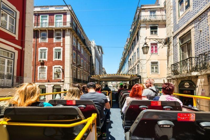 Hop-on-Hop-off-Bustour in Lissabon