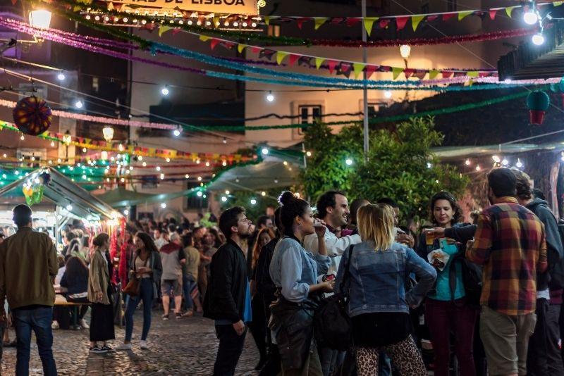 pub crawl in Lisbon