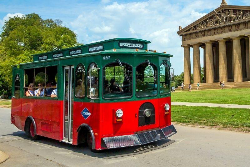 trolley tour through Nashville