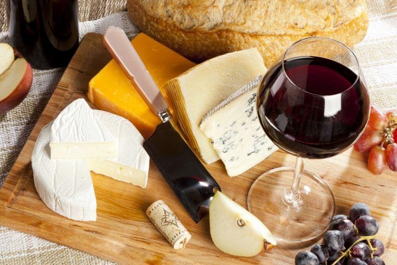 Wein- und Käseverkostung Menorca