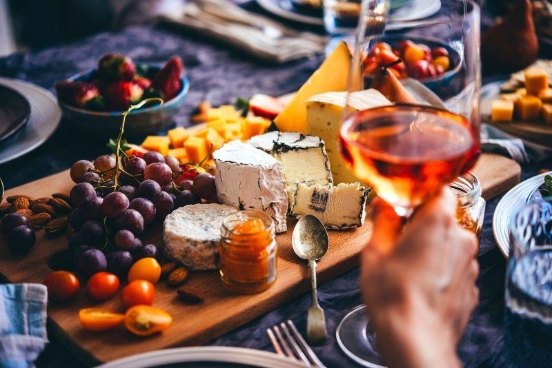 visite des vins et fromages à Paris