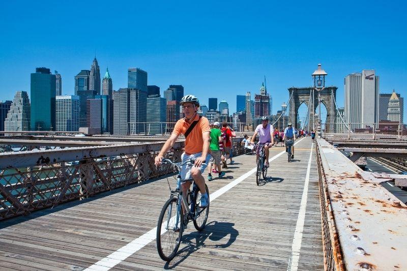 Cycle over Brooklyn Bridge