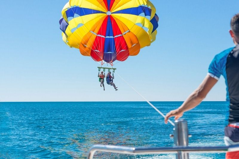 parasailing in Key Largo