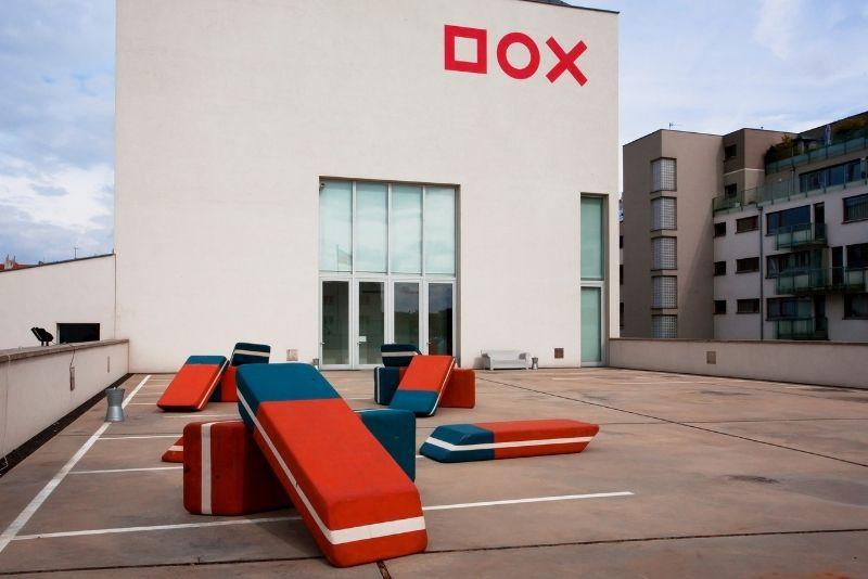 Centro DOX de Arte Contemporáneo, Praga
