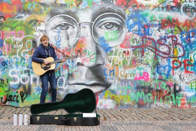 Muro de Lennon, Praga
