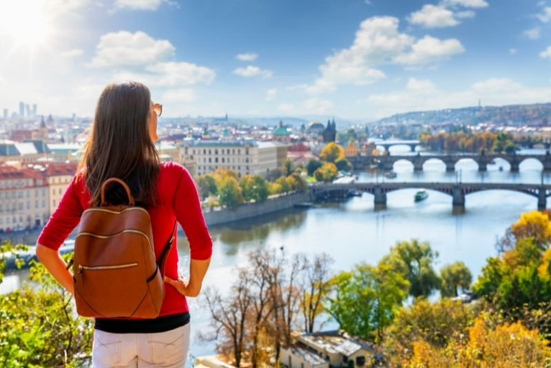 Parque de verano en Praga