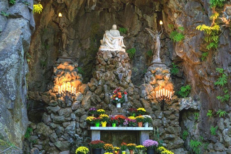 The Grotto Sanctuary, Portland, Oregon