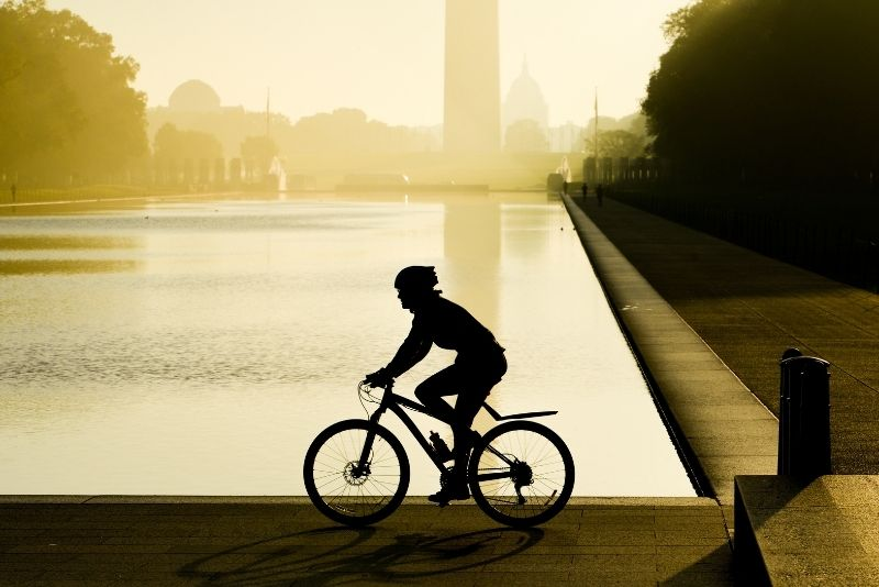 bike tour in Washington DC