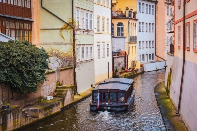 paseos en barco en Praga