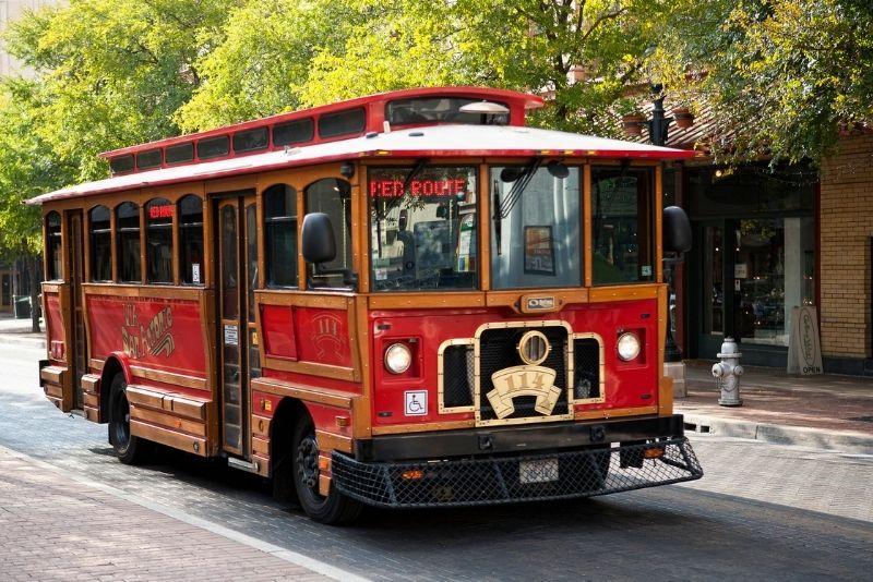bus tours in San Antonio
