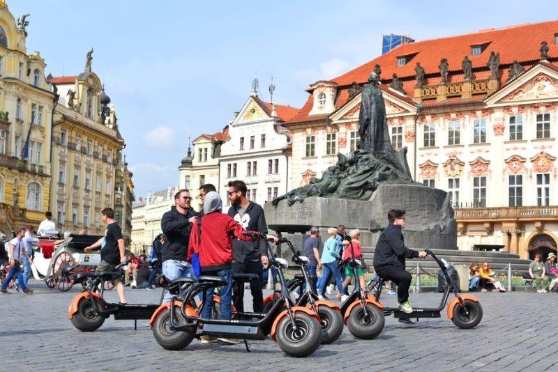 excursiones en scooter eléctrico en Praga