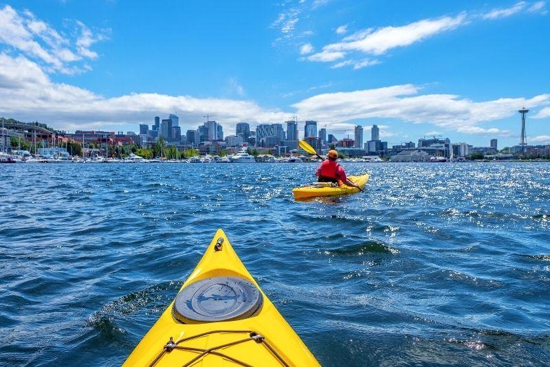 kayaking in Lake Union