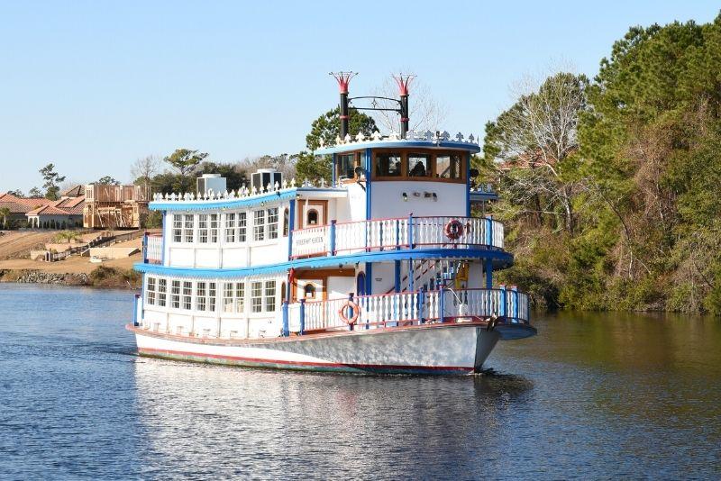 Barefoot Queen river cruise