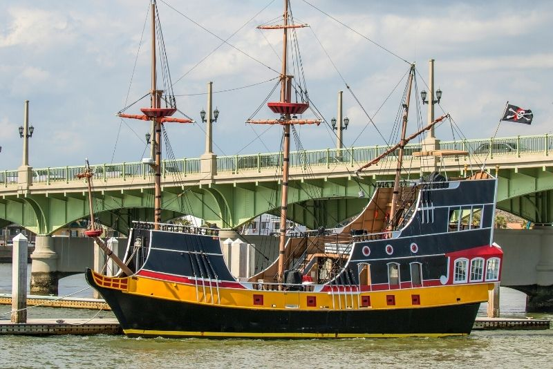 Black Raven pirate ship in St Augustine