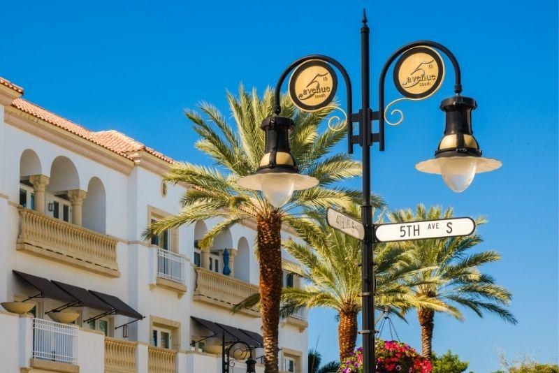 Fifth Avenue South, Naples, Florida