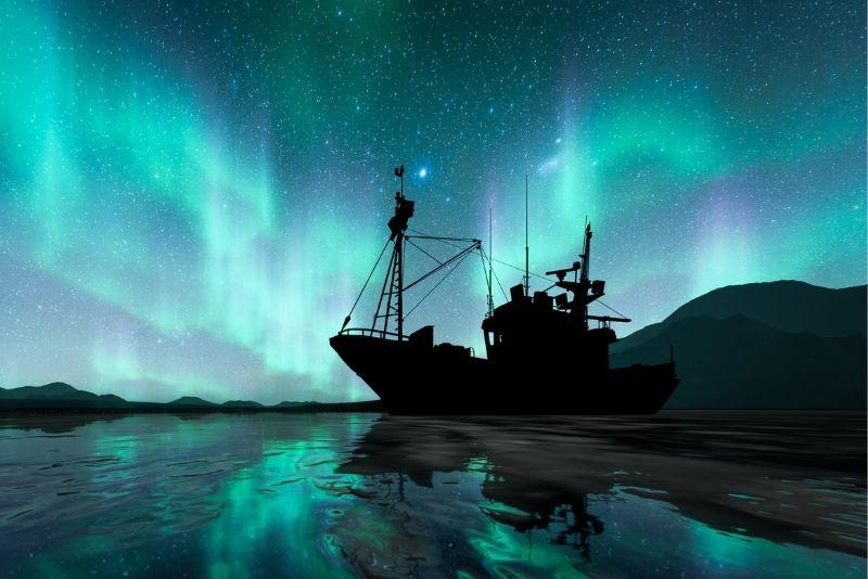 Crociera per l'aurora boreale in Islanda