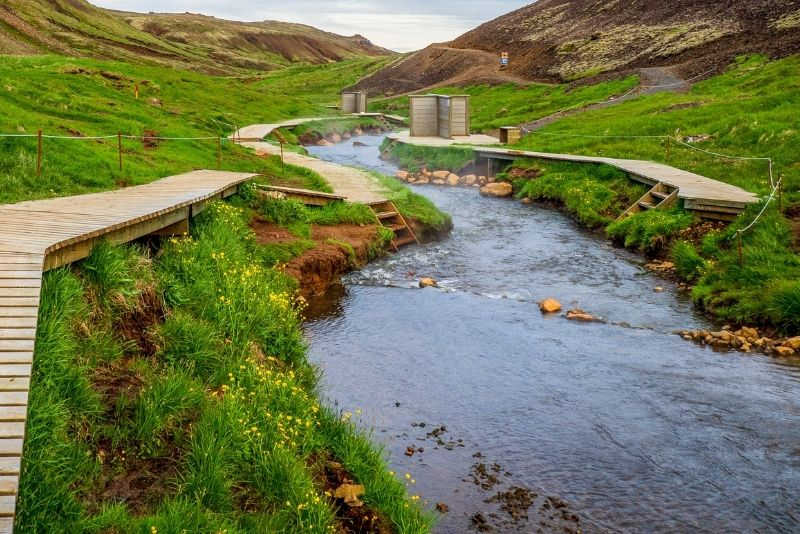 Heiße Quellen im Reykjadalur-Tal, Island