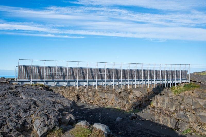 Die Brücke zwischen den Kontinenten in Island