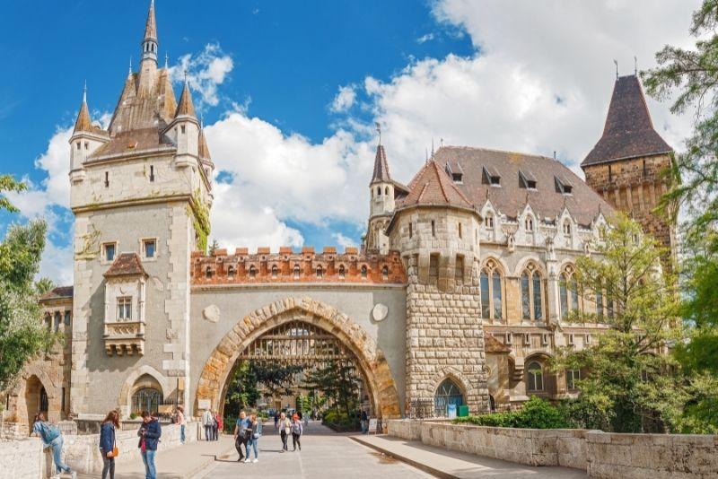 Vajdahunyad Castle tours