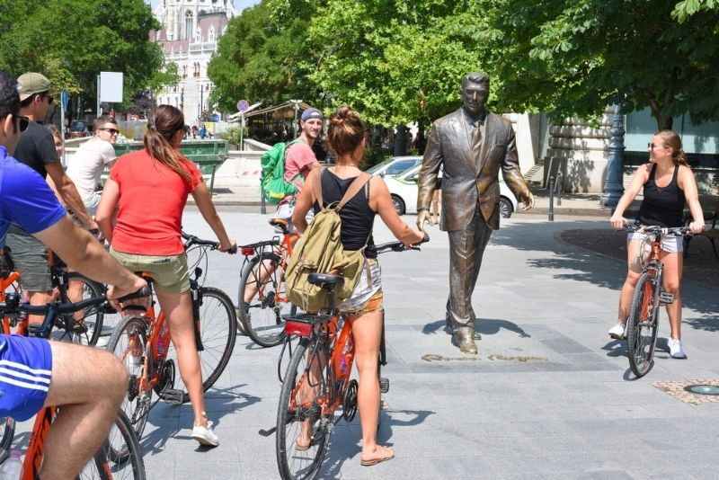 bike tours in Budapest