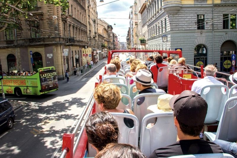 bus tours in Budapest