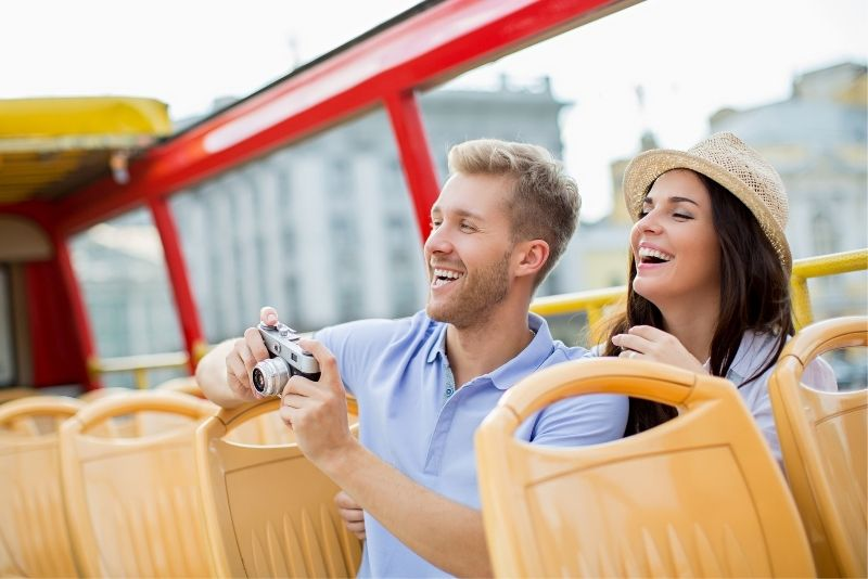 hop-on-hop-off bus tours in Houston