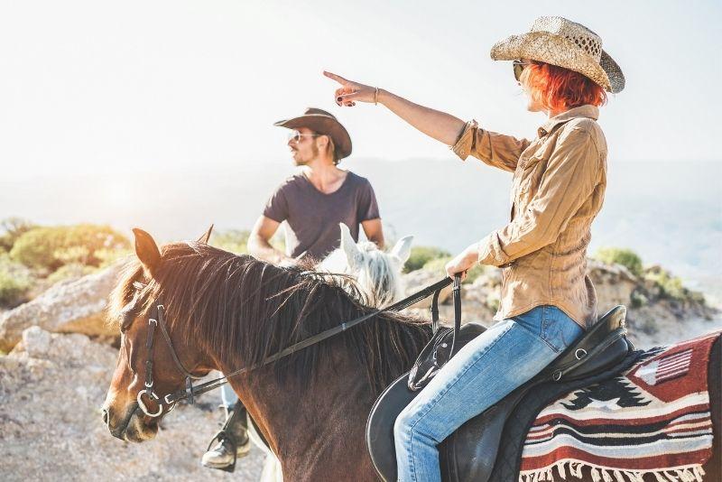 horse riding in Houston