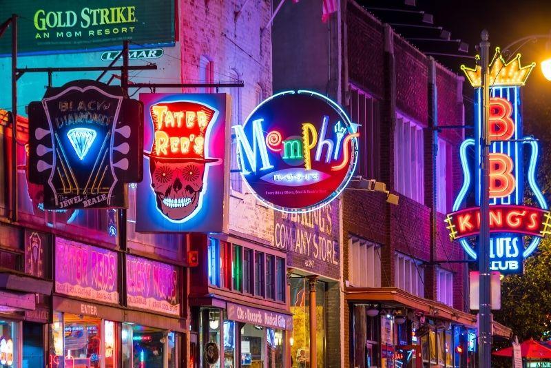 pub crawl in Memphis