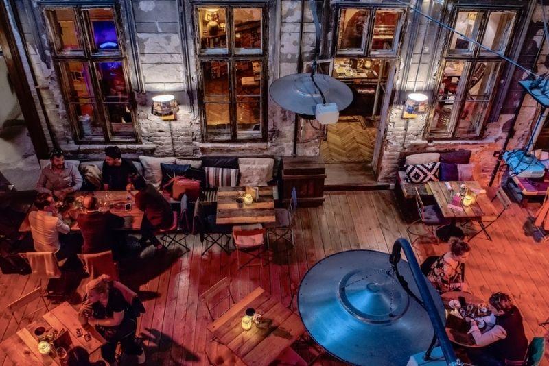 pub crawls in Budapest