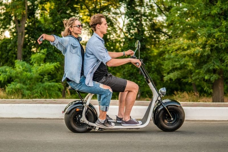 scooter tours in Budapest