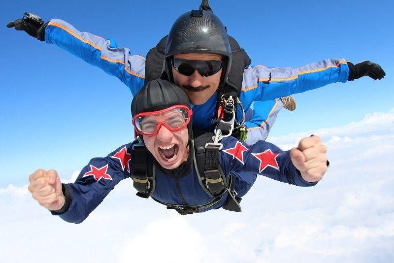 skydiving in Houston