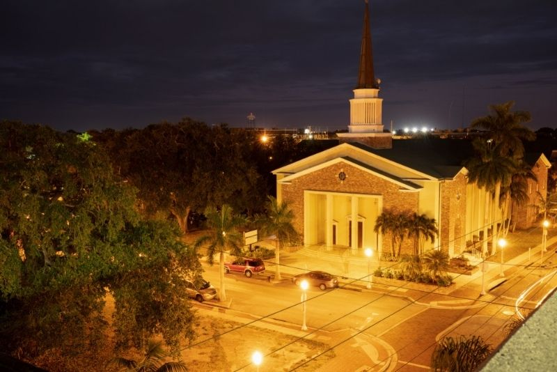 walking tours in Fort Myers