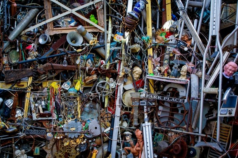 Cathedral of Junk, Austin