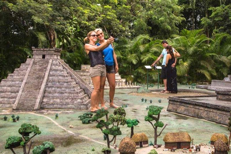 Discover Mexico Park, Cozumel