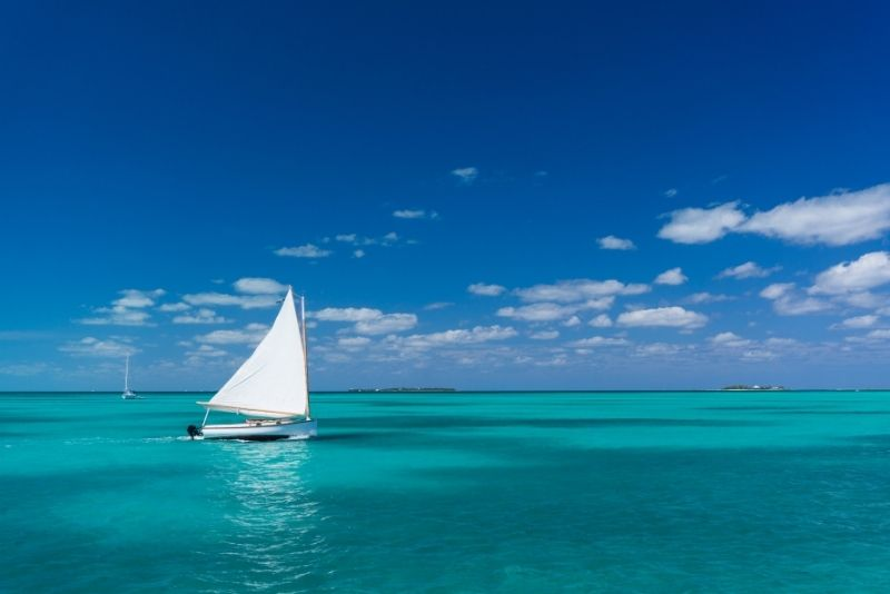boat tours in The Bahamas