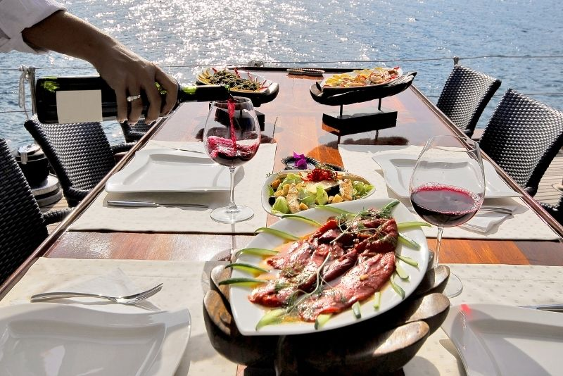 dinner cruises in Cabo San Lucas